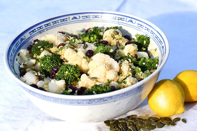 Brokkoli- Blumenkohlsalat